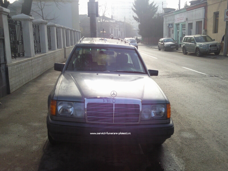 Transport funerar Ploiesti - Mercedes Benz - 1