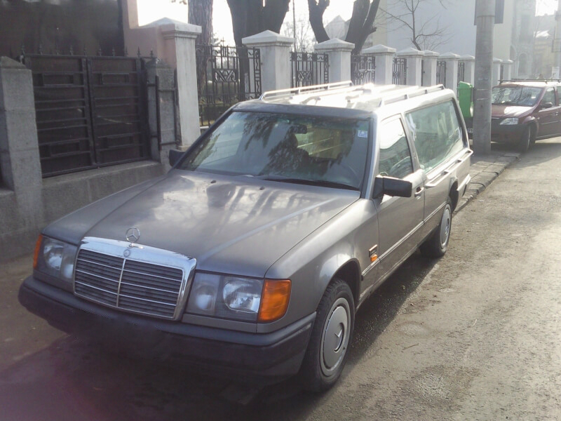 Transport funerar Ploiesti - Mercedes Benz - 3